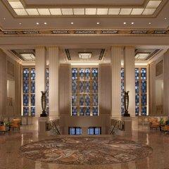 Отель Waldorf Astoria New York Нью-Йорк вестибюль