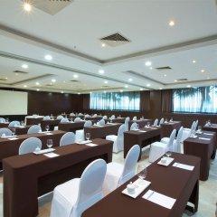 Отель Reflect Krystal Grand Cancun конференц-зал