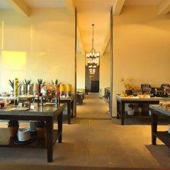 Отель Reflect Krystal Grand Cancun место для завтрака