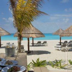 Отель Reflect Krystal Grand Cancun пляж