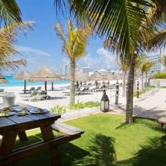 Отель Reflect Krystal Grand Cancun площадка для барбекю/пикника