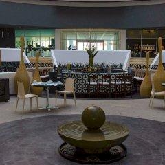 Отель Reflect Krystal Grand Cancun лобби лаундж