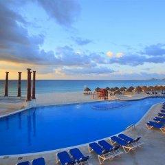 Отель Krystal Cancun Мексика, Канкун - 2 отзыва об отеле, цены и фото номеров - забронировать отель Krystal Cancun онлайн бассейн