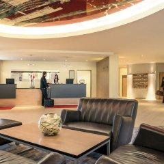 Mercure Hotel Frankfurt Airport лобби