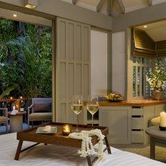 Отель The Surin Phuket 5* Коттедж с различными типами кроватей