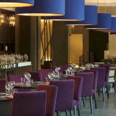 Отель Le Méridien Mina Seyahi Beach Resort & Marina ресторан