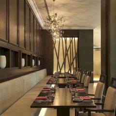Отель Le Méridien Mina Seyahi Beach Resort & Marina ресторан фото 2