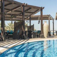Отель Le Méridien Mina Seyahi Beach Resort & Marina бассейн