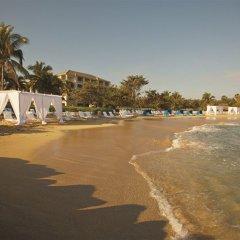 Отель Ritz-Carlton Golf & Spa Resort Rose Hall Jamaica пляж