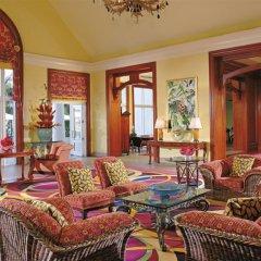 Отель Ritz-Carlton Golf & Spa Resort Rose Hall Jamaica интерьер отеля