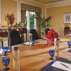 Отель Ritz-Carlton Golf & Spa Resort Rose Hall Jamaica фитнесс-зал