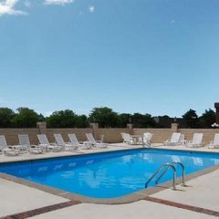 Отель Quality Inn & Suites North Колумбус бассейн