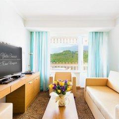 Гостиница Ялта-Интурист комната для гостей фото 12