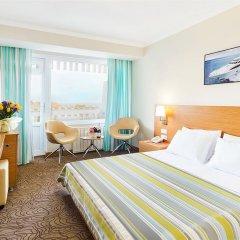 Гостиница Ялта-Интурист комната для гостей фото 7