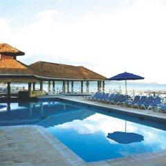Отель Sunset Beach Resort Spa and Waterpark All Inclusive Ямайка, Монтего-Бей - отзывы, цены и фото номеров - забронировать отель Sunset Beach Resort Spa and Waterpark All Inclusive онлайн бассейн