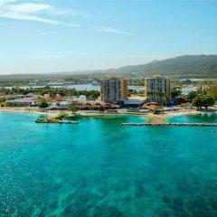 Отель Sunset Beach Resort Spa and Waterpark All Inclusive Ямайка, Монтего-Бей - отзывы, цены и фото номеров - забронировать отель Sunset Beach Resort Spa and Waterpark All Inclusive онлайн приотельная территория фото 2