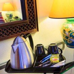 Отель The Deck Hotel by HappyCulture Ницца кофе в номере