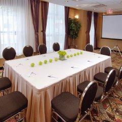 Отель GEC Granville Suites Downtown Канада, Ванкувер - отзывы, цены и фото номеров - забронировать отель GEC Granville Suites Downtown онлайн помещение для мероприятий