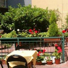 SantAmbroeus hotel терраса/патио