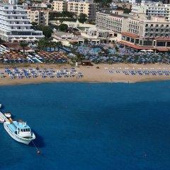 Отель Vrissiana Beach Hotel Кипр, Протарас - 1 отзыв об отеле, цены и фото номеров - забронировать отель Vrissiana Beach Hotel онлайн пляж фото 2