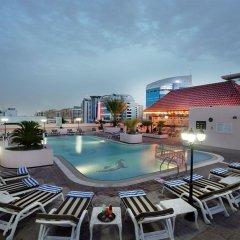 Carlton Palace Hotel бассейн фото 3