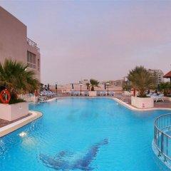 Carlton Palace Hotel бассейн фото 2