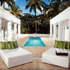 Отель Couples Secret Rendezvous Ямайка, Очо-Риос - отзывы, цены и фото номеров - забронировать отель Couples Secret Rendezvous онлайн балкон