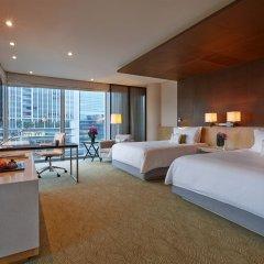 Four Seasons Hotel Tokyo at Marunouchi 5* Улучшенный номер с различными типами кроватей фото 3