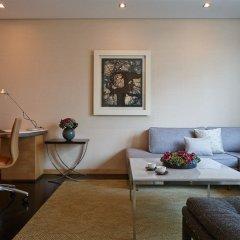 Four Seasons Hotel Tokyo at Marunouchi 5* Представительский люкс с различными типами кроватей