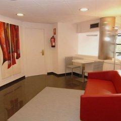 Отель Medicis Испания, Барселона - 8 отзывов об отеле, цены и фото номеров - забронировать отель Medicis онлайн в номере