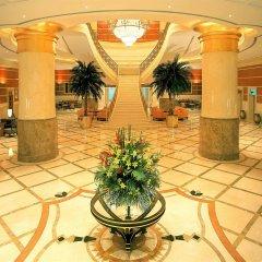 Отель Corniche Al Buhaira Hotel ОАЭ, Шарджа - отзывы, цены и фото номеров - забронировать отель Corniche Al Buhaira Hotel онлайн интерьер отеля