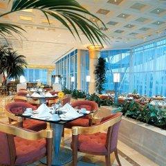 Отель Corniche Al Buhaira Hotel ОАЭ, Шарджа - отзывы, цены и фото номеров - забронировать отель Corniche Al Buhaira Hotel онлайн питание фото 3