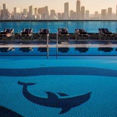 Отель Corniche Al Buhaira Hotel ОАЭ, Шарджа - отзывы, цены и фото номеров - забронировать отель Corniche Al Buhaira Hotel онлайн бассейн фото 2