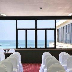 Sunbeam Hotel Pattaya банкетный зал