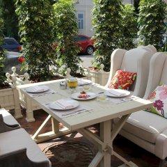 Гостиница Кебур Палас столовая на открытом воздухе