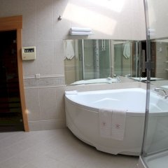 Гостиница Кебур Палас глубокая ванна