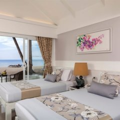Отель Thavorn Beach Village Resort & Spa Phuket 4* Коттедж с различными типами кроватей фото 5