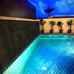 Отель Cool Residence водопад у бассейна