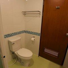 Отель Rojjana Residence ванная фото 4