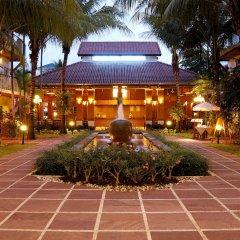 Отель Horizon Patong Beach Resort & Spa вход в здание фото 2