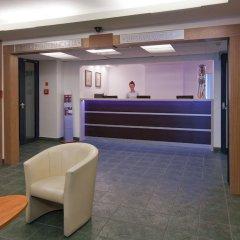 Start Hotel Aramis лобби