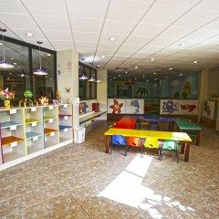 Отель The Royal Sands - Все включено закрытая детская игровая площадка