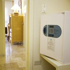 Отель The Royal Sands - Все включено сейф в номере