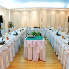 Andaman Beach Suites Hotel конференц-зал