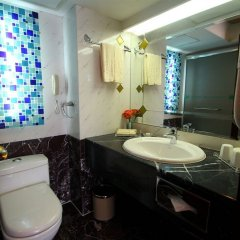Отель Salvo Hotel Shanghai Китай, Шанхай - 4 отзыва об отеле, цены и фото номеров - забронировать отель Salvo Hotel Shanghai онлайн ванная