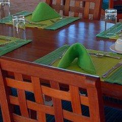 Отель Helengeli Island Resort Мальдивы, Мируфенфуши - 2 отзыва об отеле, цены и фото номеров - забронировать отель Helengeli Island Resort онлайн питание фото 2