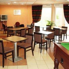 Отель Nemea Apparthotel Val Dancelle Франция, Сен-Жан - отзывы, цены и фото номеров - забронировать отель Nemea Apparthotel Val Dancelle онлайн гостиничный бар