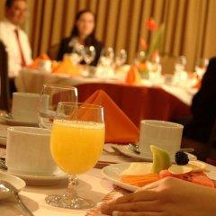 Отель Embassy Suites Mexico City Reforma Мехико питание фото 2