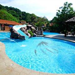 Отель Jerejak Rainforest Resort Малайзия, Пенанг - отзывы, цены и фото номеров - забронировать отель Jerejak Rainforest Resort онлайн бассейн фото 4