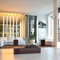 Отель Meliá Berlin вестибюль